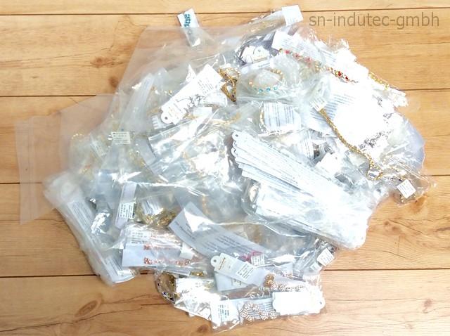 Magnetschmuck Halsketten Armreife Armbänder 13,2 KG