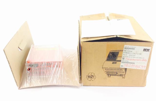 Sew Eurodrive Typ: MC07B0011-5A3-4-00 Frequenzumrichter Movitrac B